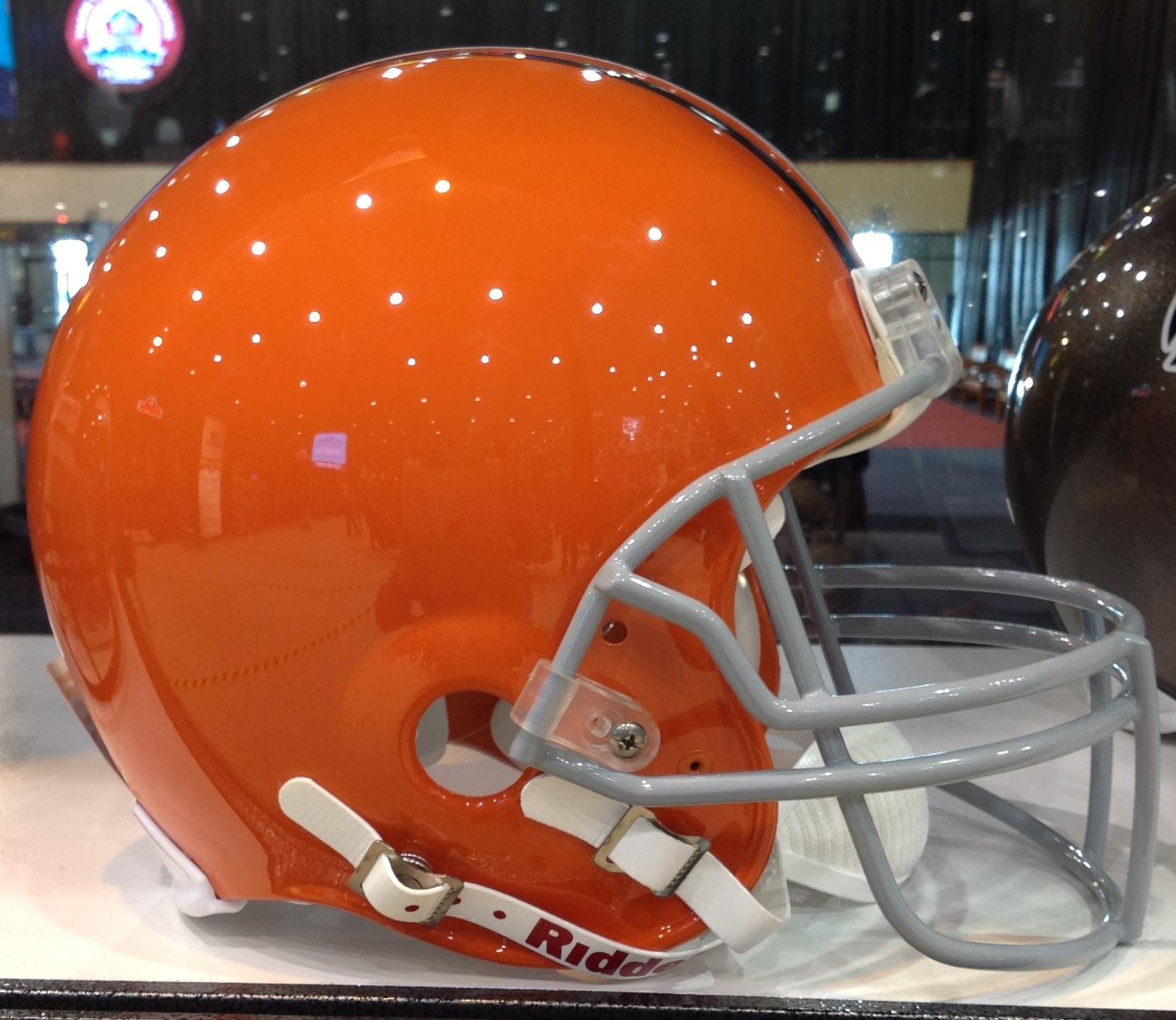 107f7c628 Browns Helmet Sideways Photo