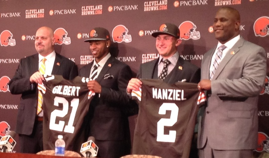 Manziel-Gilbert-Farmer-Pettine Jersey Photo